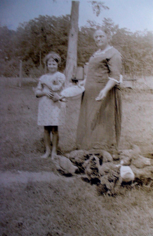 Elma Talbott and Hattie Richardson