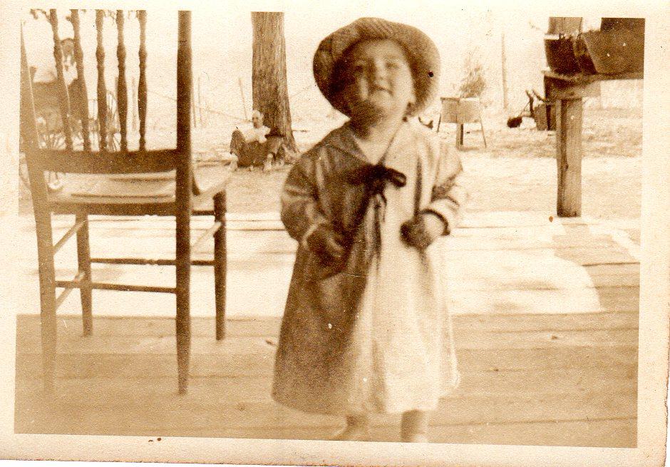 Jun 6 1923 Photo 1 in Hattie Richardson to Boss 848